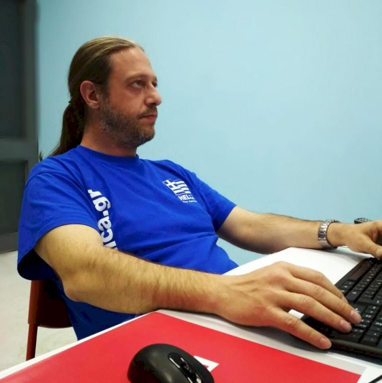 Ανδρέας Τσιμπούρης Ιδρυτής της Robotica.gr