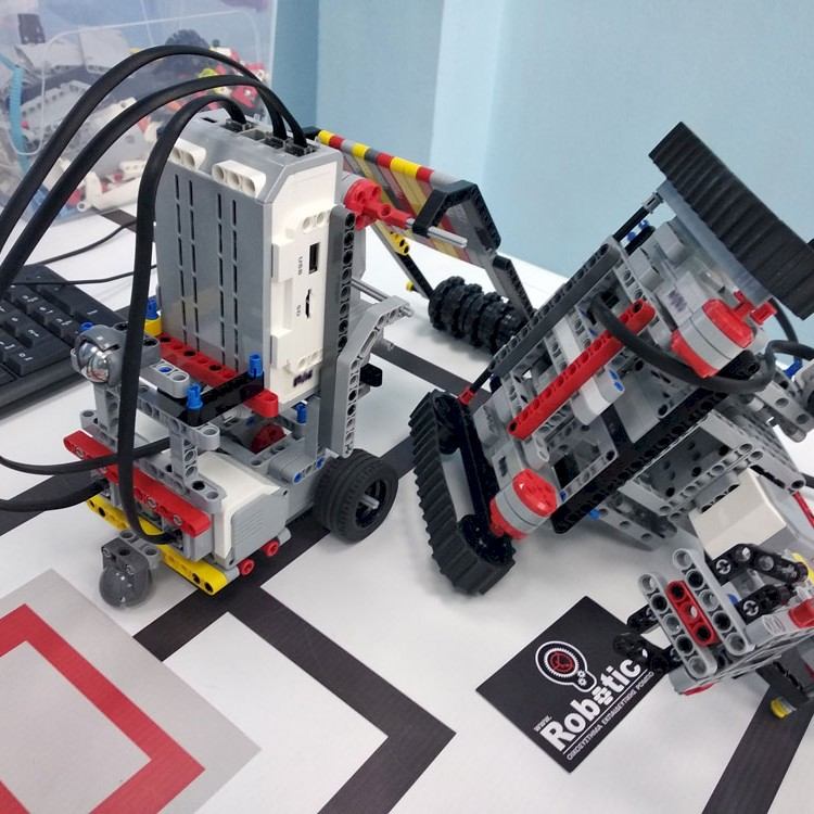 Aυτοσχέδια οχήματα Sumo, Ποιό ρομπότ θέλει να παίξει Sumo;
